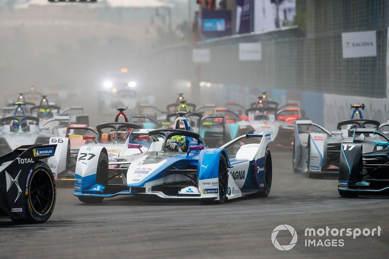 Alexander Sims, BMW I Andretti Motorsports, BMW iFE.18, Daniel Abt, Audi Sport ABT Schaeffler, Audi e-tron FE05, alla partenza