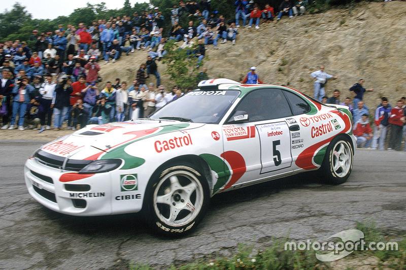 Didier Auriol, con un Toyota Celica Turbo 4WD en el Tour de Corse 1994