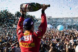 Подиум: Лукас ди Грасси, ABT Schaeffler Audi Sport