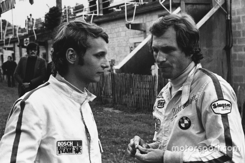 Niki Lauda, March 712M - Cosworth avec Dieter Quester, March 712M - BMW