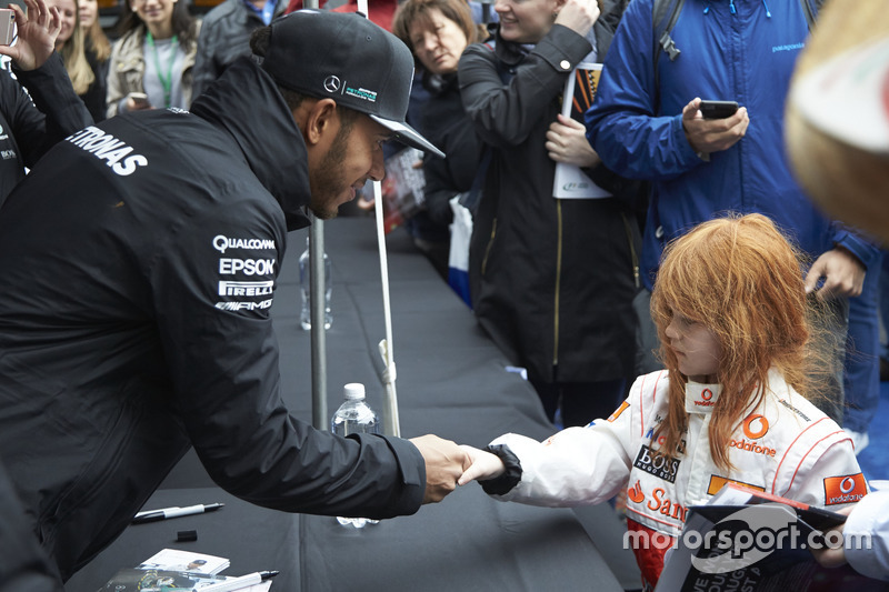Lewis Hamilton, Mercedes AMG F1 with a young fan