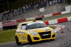 Corrado Peloso e Filippo Iguera, Suzuki Swift Sport 1.6 R1B, La superba