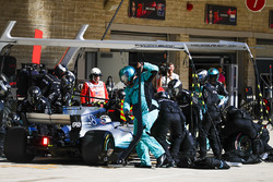Valtteri Bottas, Mercedes AMG F1 W08, in the pit stops