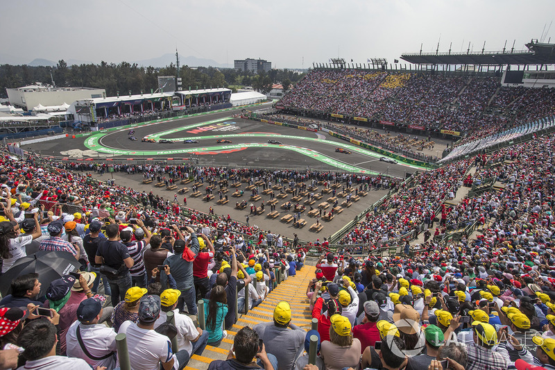 "<img src=""https://cdn-9.motorsport.com/static/img/cfp/0/0/0/100/139/s3/mexico-2.jpg"" alt="""" width=""20"" height=""12"" />Бейсбольный стадион (автодром имени братьев Родригес, Мехико)"