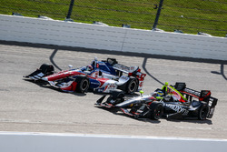 Jack Hawksworth, A.J. Foyt Enterprises Honda, Sébastien Bourdais, KV Racing Technology Chevrolet