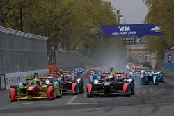 フォーミュラEパリePrix 決勝スタート