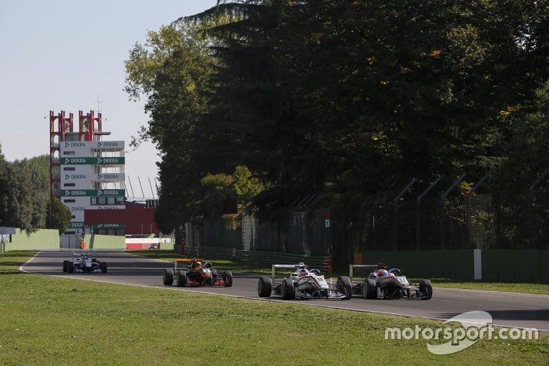 Ukyo Sasahara, ThreeBond with T-Sport Dallara F312; Nikita Mazepin, HitechGP Dallara F312 – Mercedes-Benz