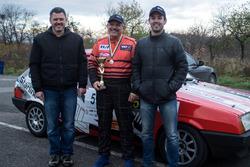 Після фінішу з кубком за 2-е місце Андрій, Олег та Дмитро Гайдамаченко