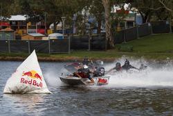 Jamie Whincup, Shane van Gisbergen and Craig Lowndes, Triple Eight Race Engineering Holden