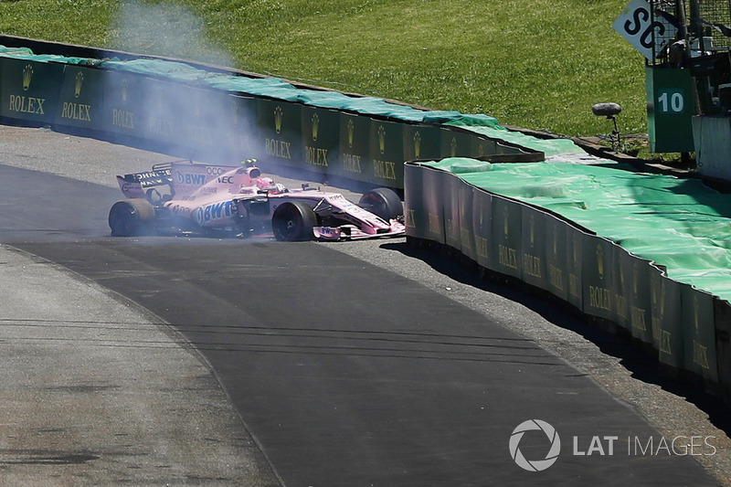 Unfall: Esteban Ocon, Sahara Force India F1 VJM10