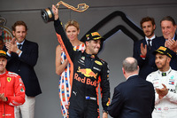Race winner Daniel Ricciardo, Red Bull Racing RB14 takes celebrates on the podium with the trophy