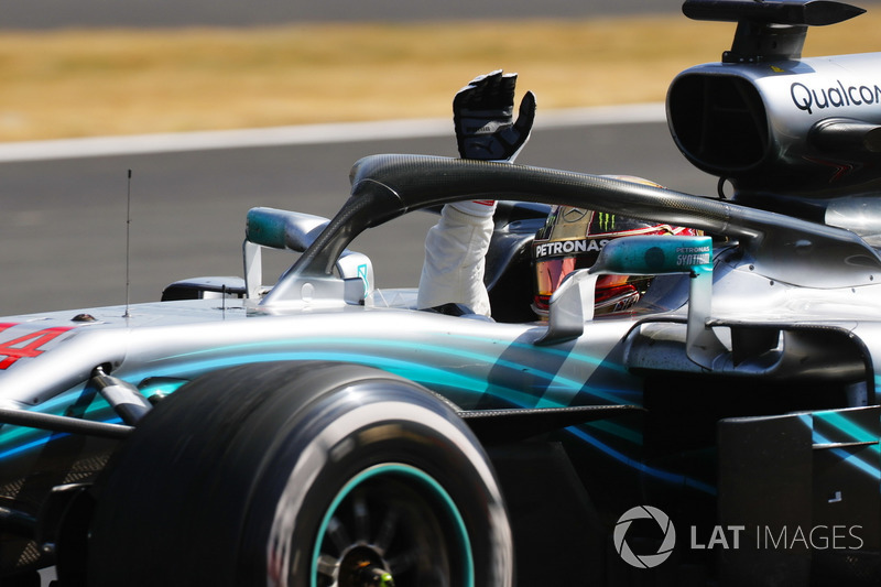 Впервые с начала «гибридной эры» Формулы 1 в 2014 году в пяти идущих подряд Гран При на счету Mercedes оказалась всего одна победа.