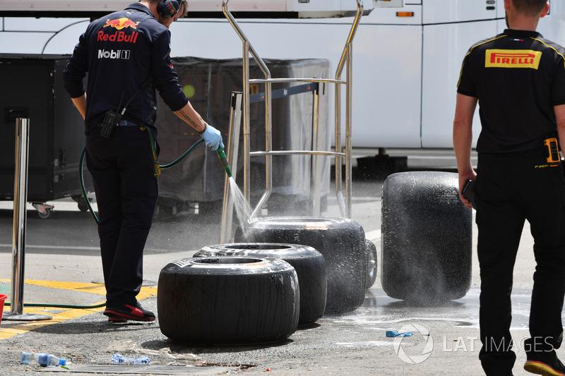 Mencuci ban Pirelli