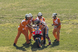 Marc Marquez, Repsol Honda Team with marshals after his crash