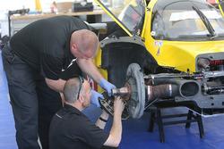 JDC/Miller Motorsports crew members