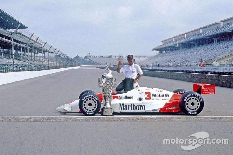 Ganador de la carrera Rick Mears, Team Penske PC20 Chevrolet