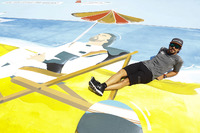 Fernando Alonso, McLaren, the painting of himself in his deck chair