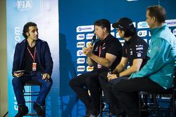Dario Franchitti with Michael Andretti, Jay Penske and Gerry Hughes