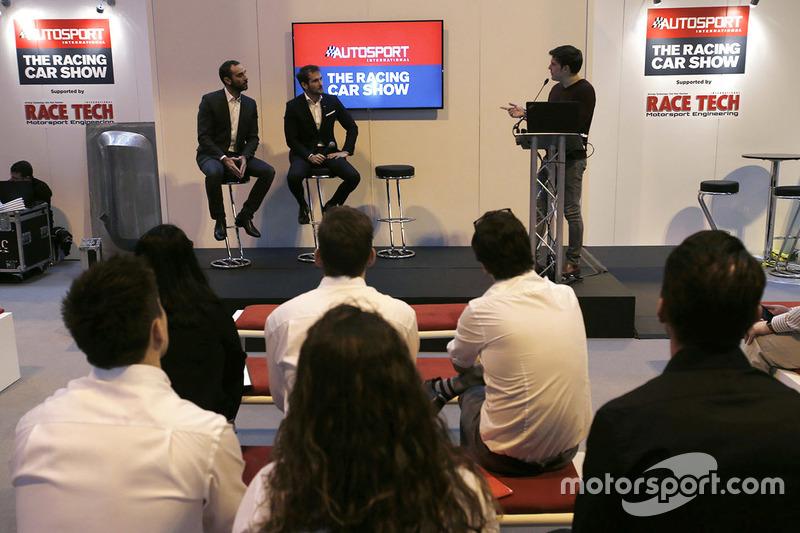Cyril Abiteboul, Gerente director de Renault Sport F1 Team, Tommaso Volpe, Director Mundial de Infin