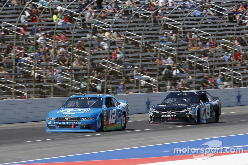 Joey Logano, Team Penske, Ford; Matt Tifft, Joe Gibbs Racing, Toyota