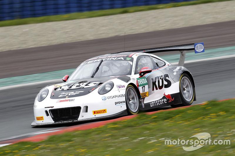 #17 KÜS TEAM75 Bernhard, Porsche 911 GT3 R