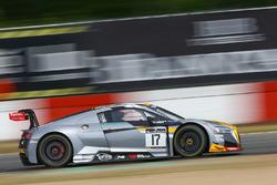 #17 Team WRT Audi R8 LMS: Стюарт Леонард, Робін Фрейнс