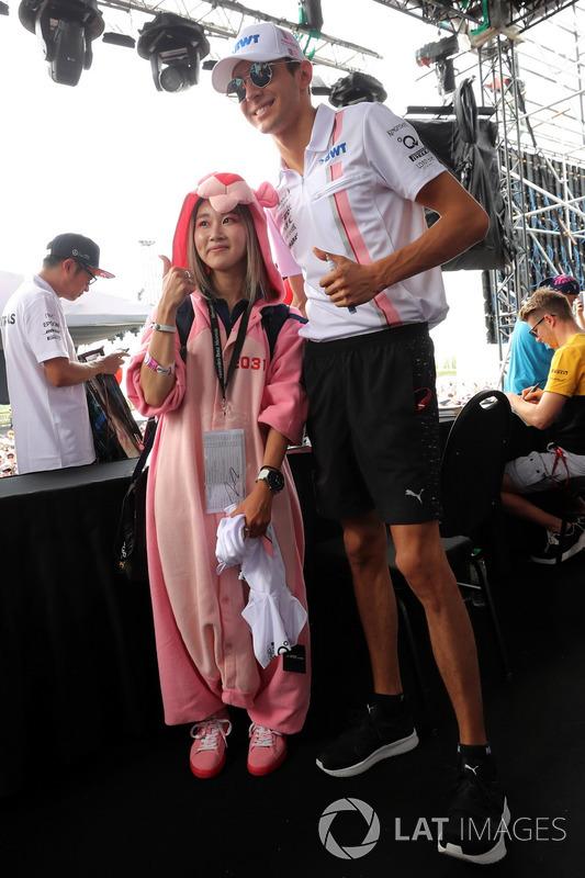 Естебан Оконn, Sahara Force India F1, уболівальник