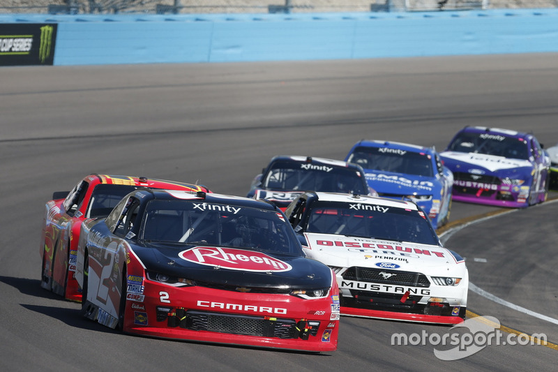 Austin Dillon, Richard Childress Racing, Chevrolet; Ryan Blaney, Team Penske, Ford
