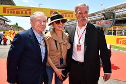 Президент FIA Жан Тодт, его жена Мишель Йео и председатель Formula One Group Чейз Кэри