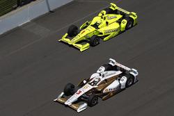 Helio Castroneves, Team Penske Chevrolet Simon Pagenaud, Team Penske Chevrolet