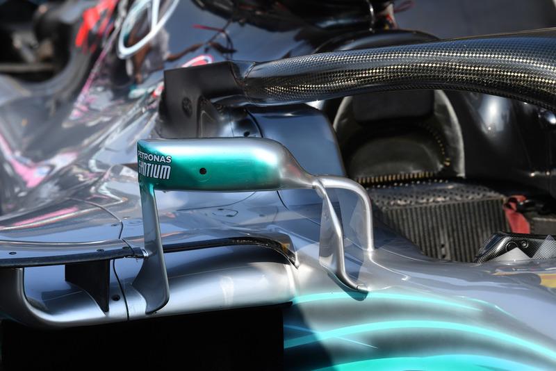 Mercedes AMG F1 W09 espejo