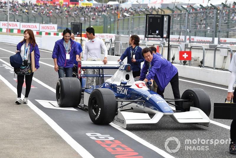 Автомобиль Tyrrell 019, Legends F1 30th Anniversary Lap Demonstration