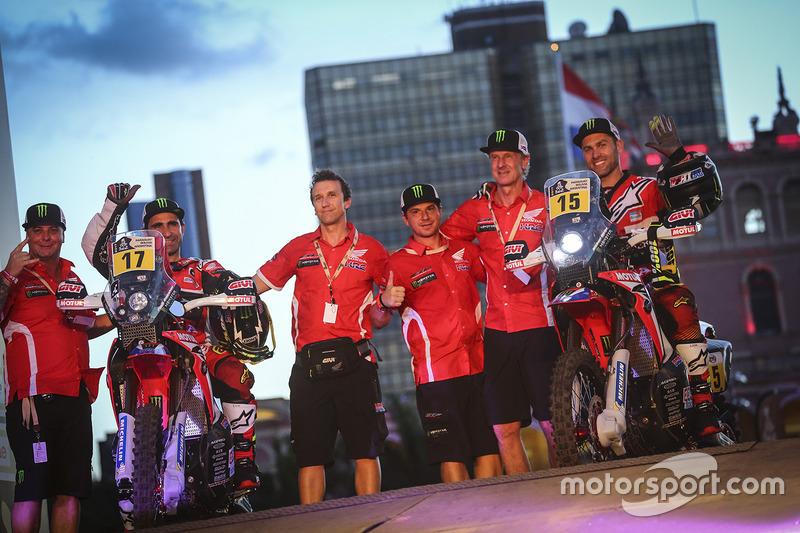 #17 Monster Energy Honda Team: Paulo Goncalves, #15 Monster Energy Honda Team: Michael Metge