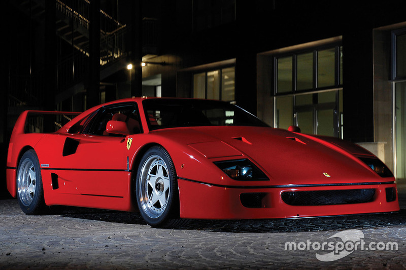 Ferrari F40 1987 року