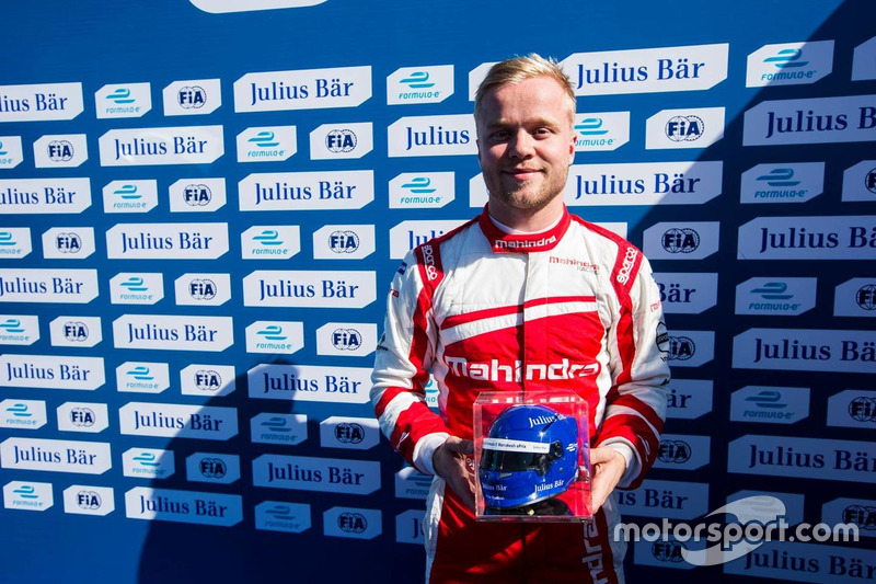 Pole position for Felix Rosenqvist, Mahindra Racing