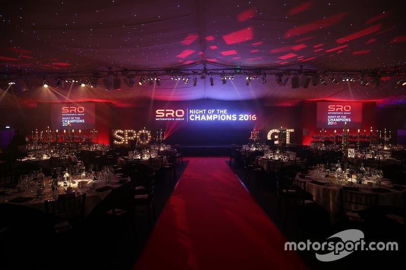 Premiación noche de SRO de campeones 2016