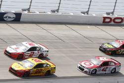 Joey Logano, Team Penske, Ford; Brad Keselowski, Team Penske, Ford; Kurt Busch, Stewart-Haas Racing, Ford
