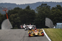 Ryan Hunter-Reay, Andretti Autosport Honda, Helio Castroneves, Team Penske Chevrolet