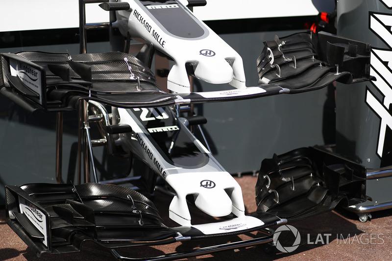 L'aileron avant de la Haas F1 Team VF-17