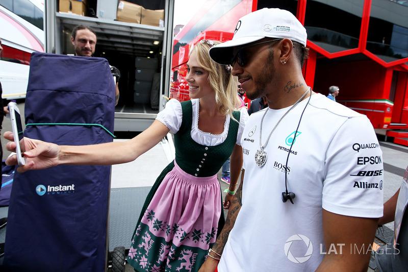 Грід-гьол, Льюіс Хемілтон, Mercedes AMG F1