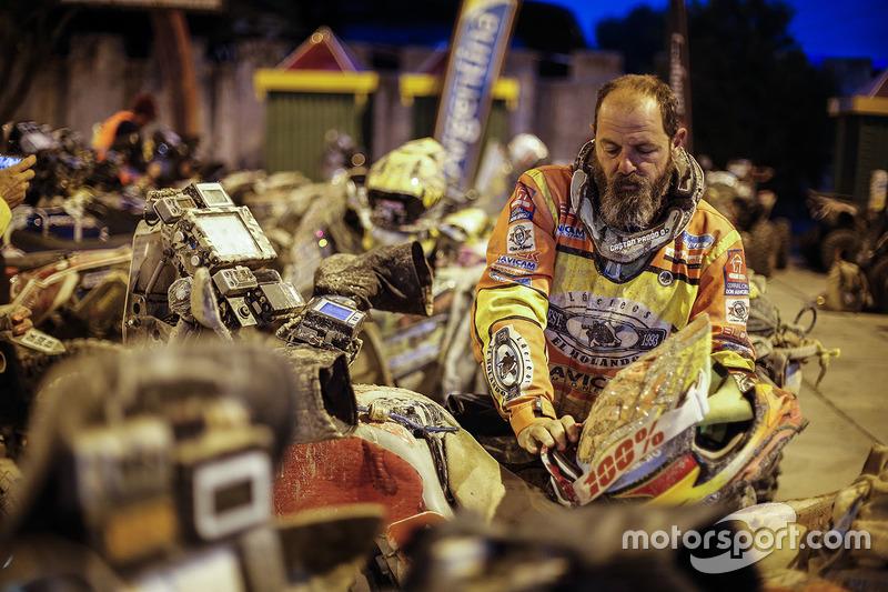 #283 Yamaha: Gaston Pando