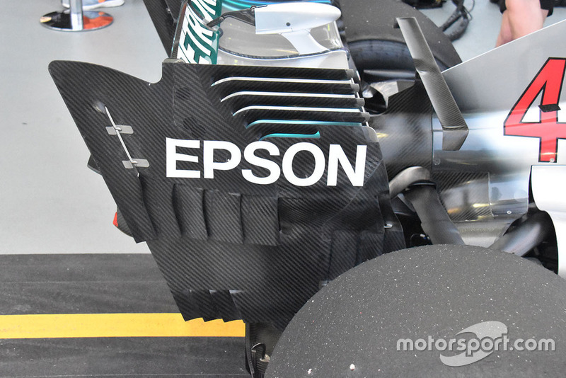 Mercedes AMG F1 rear wing technical detail
