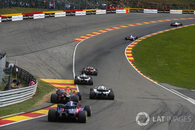 Marcus Ericsson, Sauber C37, Sergey Sirotkin, Williams FW41, Lance Stroll, Williams FW41, Daniel Ricciardo, Red Bull Racing RB14, y Brendon Hartley, Toro Rosso STR13