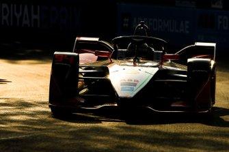 Katherine Legge, Mahindra Racing, M5 Electro