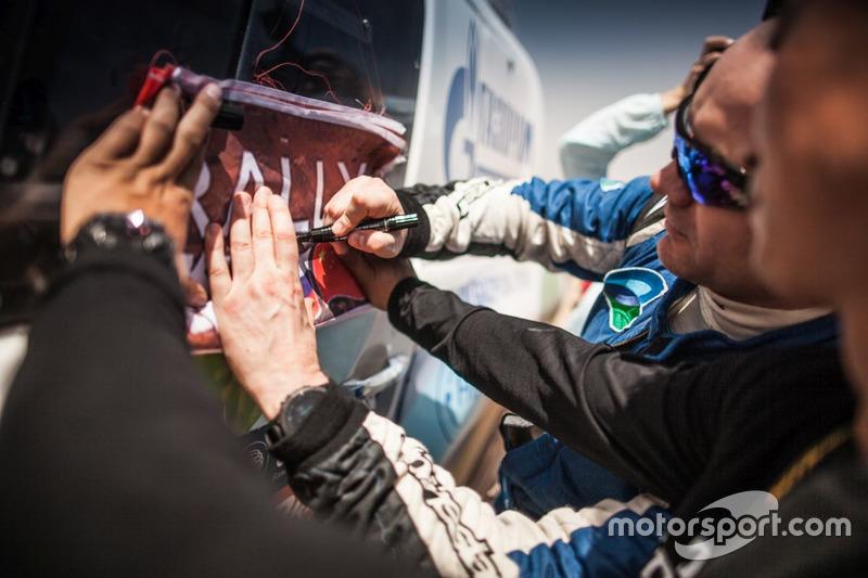 #152 Toyota Hilux: Andrey Dmitriev