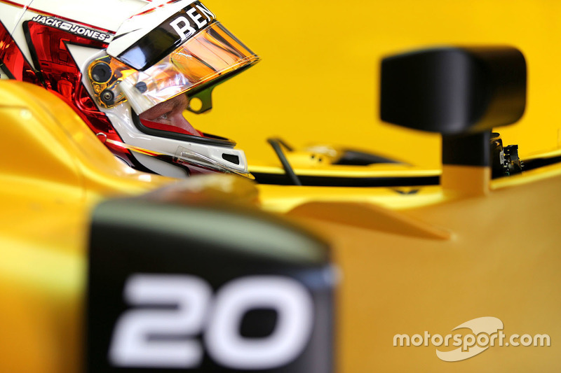 Kevin Magnussen, Renault Sport F1 Team