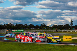 Lee Holdsworth and Karl Reindler, Team 18 Holden and Rick Kelly and Russell Ingall, Nissan Motorsports