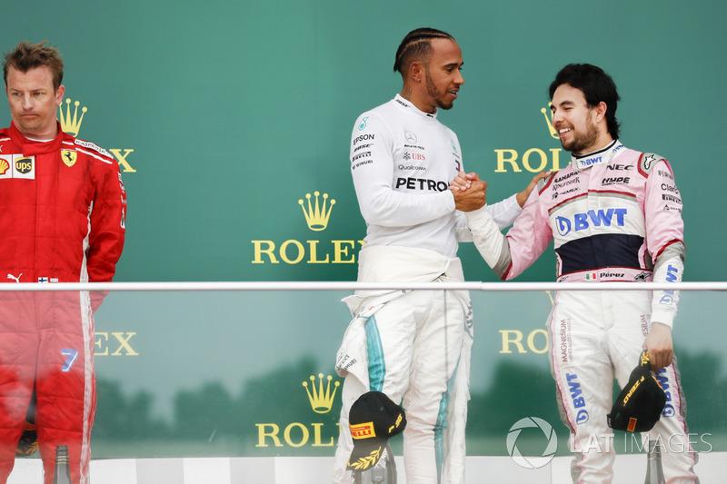 Kimi Raikkonen, Ferrari, Lewis Hamilton, Mercedes AMG F1 y Sergio Perez, Force India