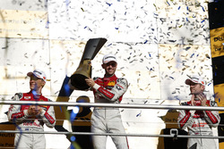 Podium des champions : Le champion René Rast, Audi Sport Team Rosberg, Audi RS 5 DTM