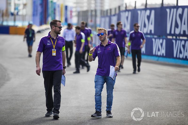 Sam Bird, DS Virgin Racing, walks the track